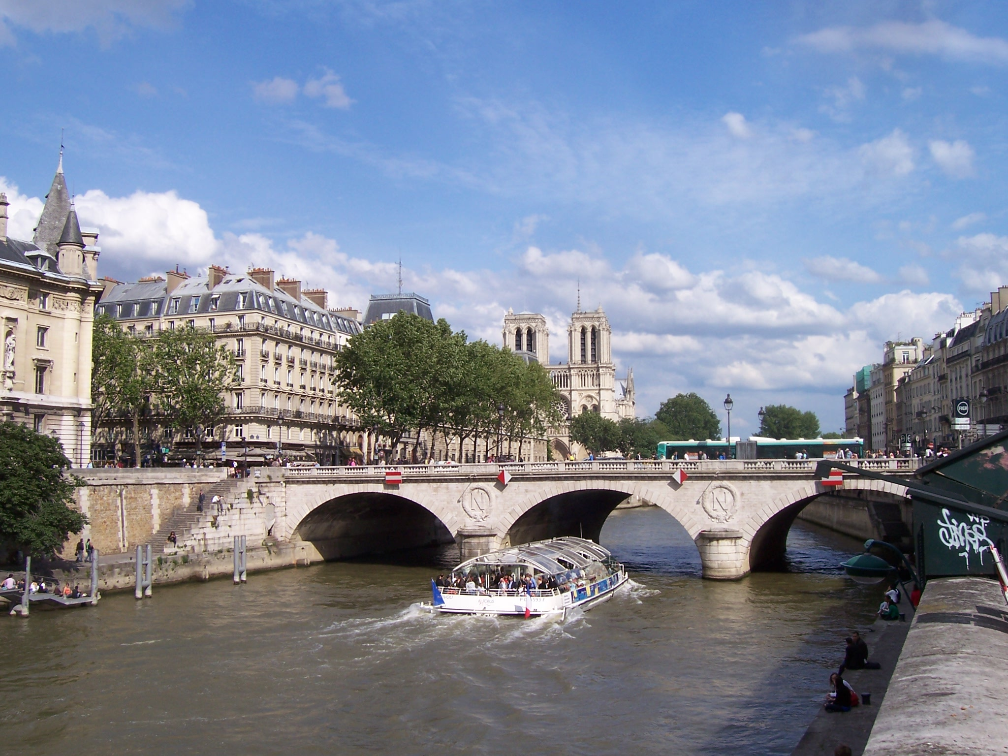 Photo du Pont Saint Michel à Paris