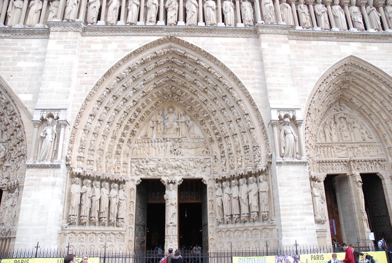 Photo du portail du Jugement - Façade de la cathédrale Notre-Dame de Paris